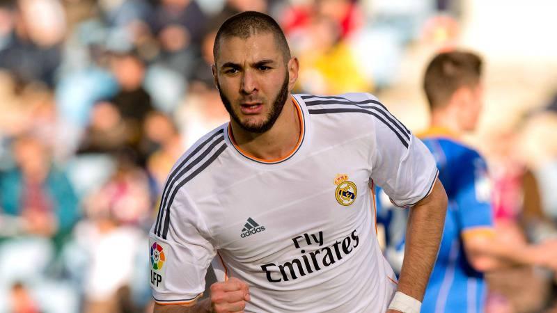 Karim Benzema sospeso a tempo indeterminato dalla Francia