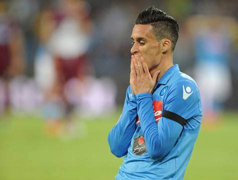 NAPLES, ITALY - MAY 31:  Napoli's player Josè Maria Callejon looks dejected during the Serie A match between SSC Napoli and SS Lazio at Stadio San Paolo on May 31, 2015 in Naples, Italy.  (Photo by Getty Images/Getty Images)