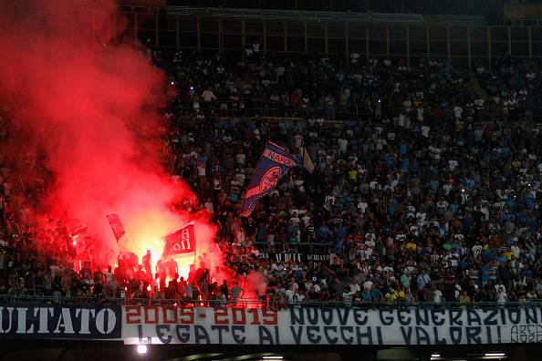 NAPLES, ITALY - AUGUST 30: Supporters of Napoli  during the Serie A match between SSC Napoli and UC Sampdoria at Stadio San Paolo on August 30, 2015 in Naples, Italy.  (Photo by Maurizio Lagana/Getty Images)