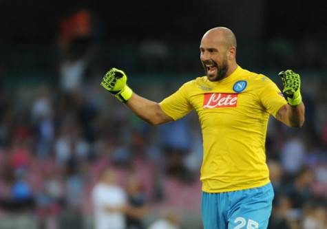 NAPLES, ITALY - 2015/09/17: Pepe Reina of Naples team during the Europa League group D match against Brugge at the San Paolo stadium in Naples. (Photo by Circo de Luca/Pacific Press/LightRocket via Getty Images)