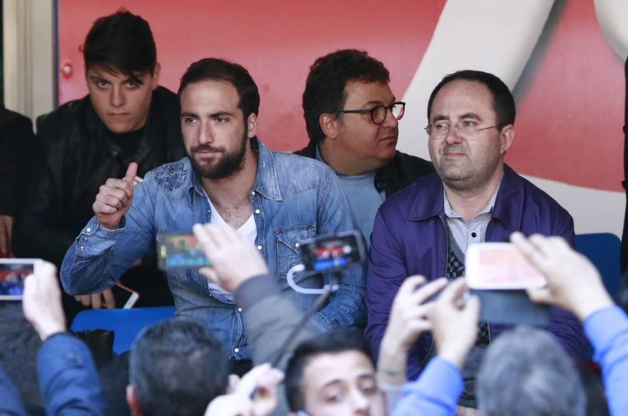 Il Napoli 'batte' Higuain: niente arretrati per i diritti d'immagine