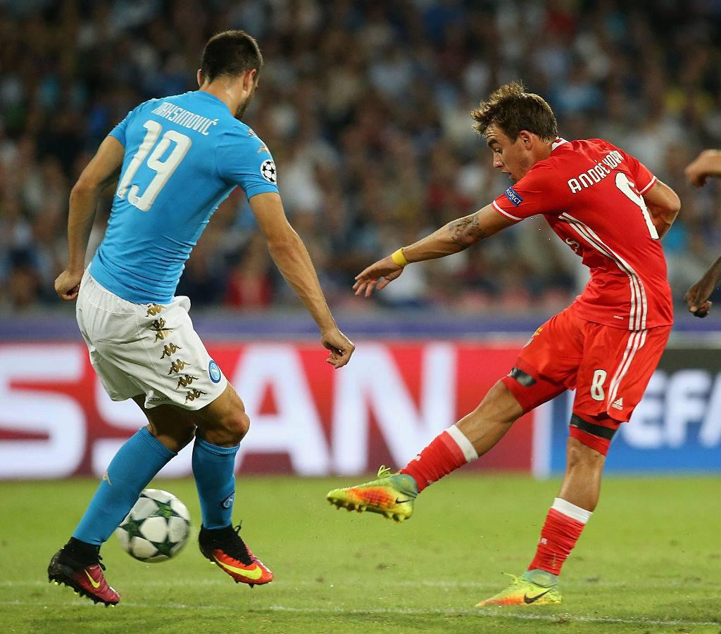 Nikola Maksimovic in Napoli-Benfica © Getty Images
