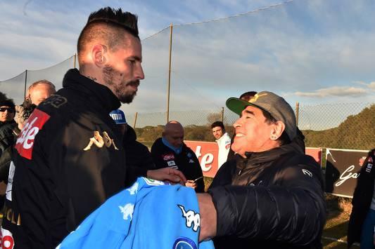 Maradona ad Amici: