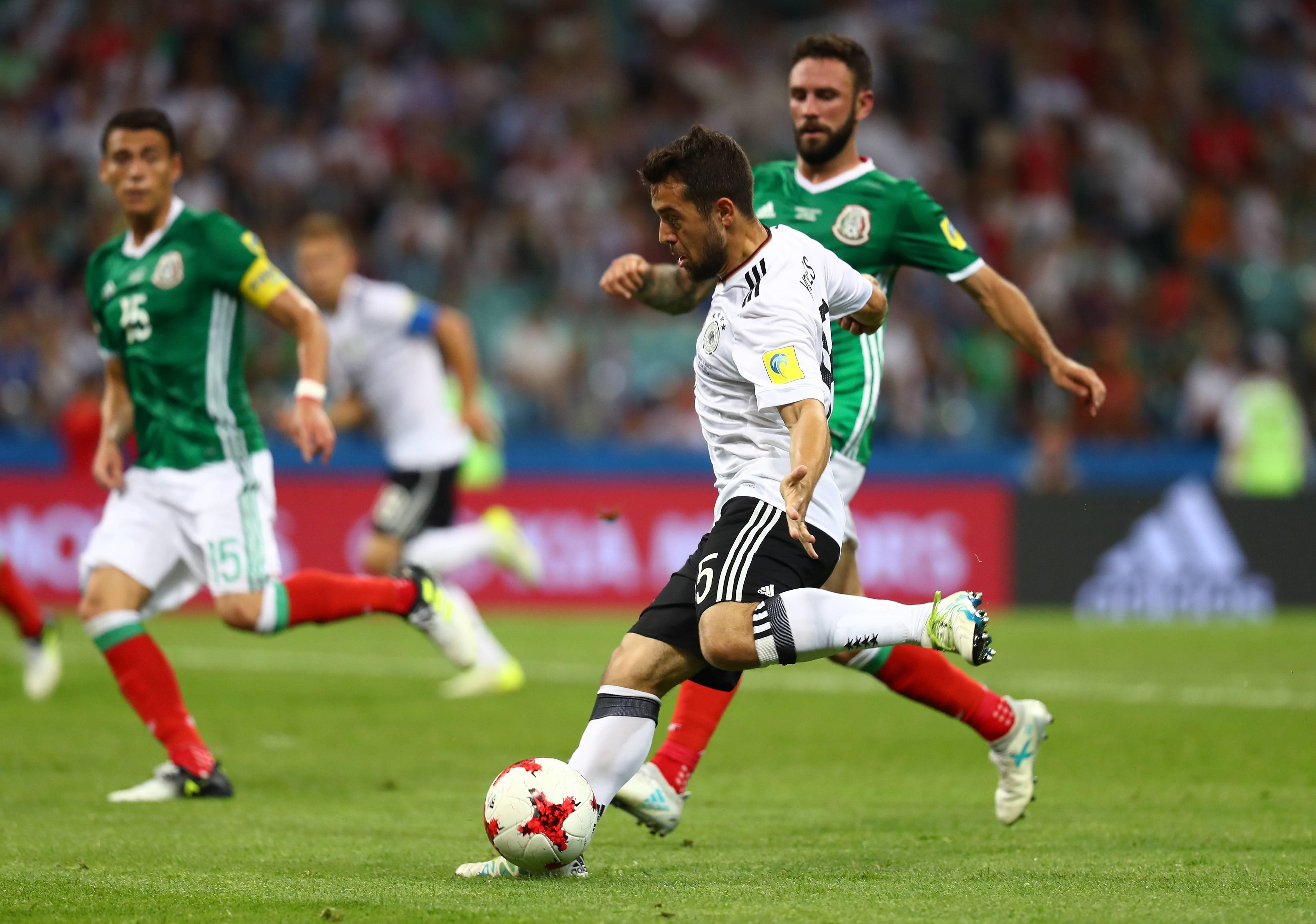 Younes, altro capitolo del giallo: Wolfsburg smentisce di avere l'accordo con l'esterno