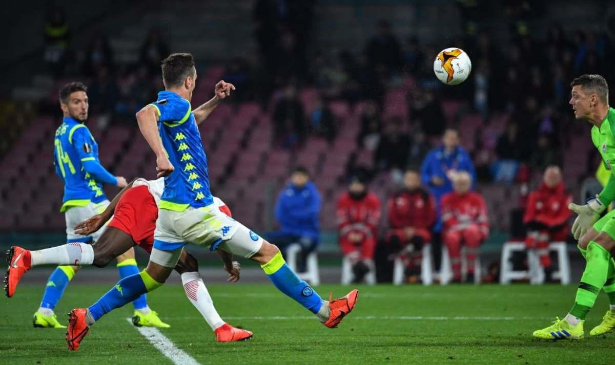 Salisburgo Napoli arbitro