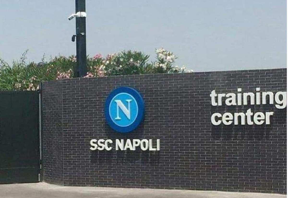 Dottor De Nicola lascia Napoli