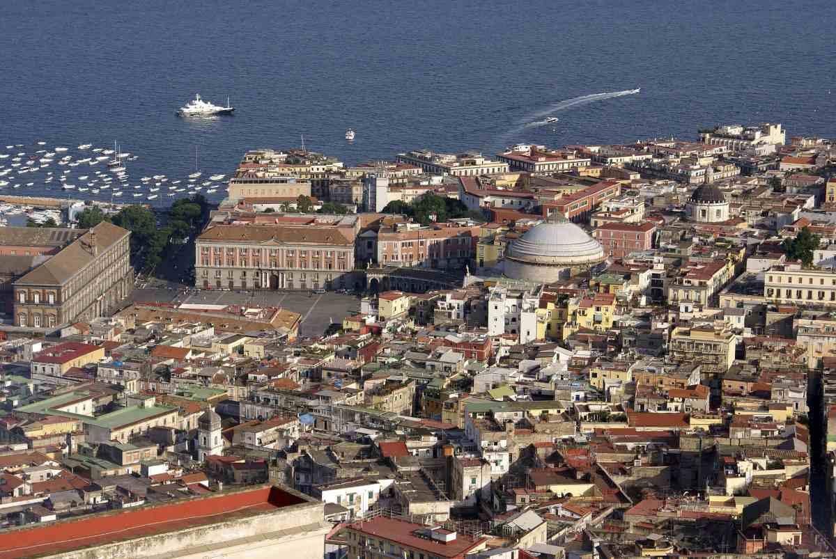 Napoli turismo città panorama