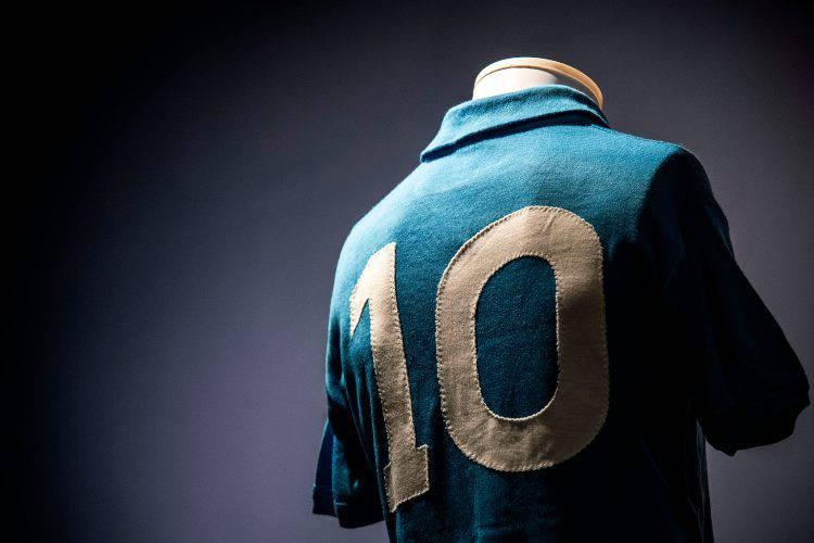 Maradona Napoli maglia Renica