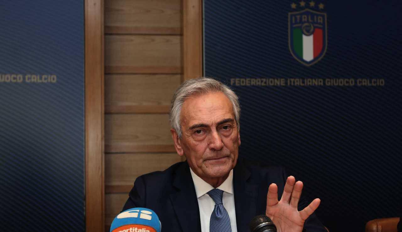Serie A, il calcio riprende in estate