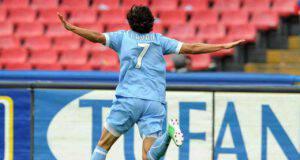 cavani gol con Napoli esordio titolare
