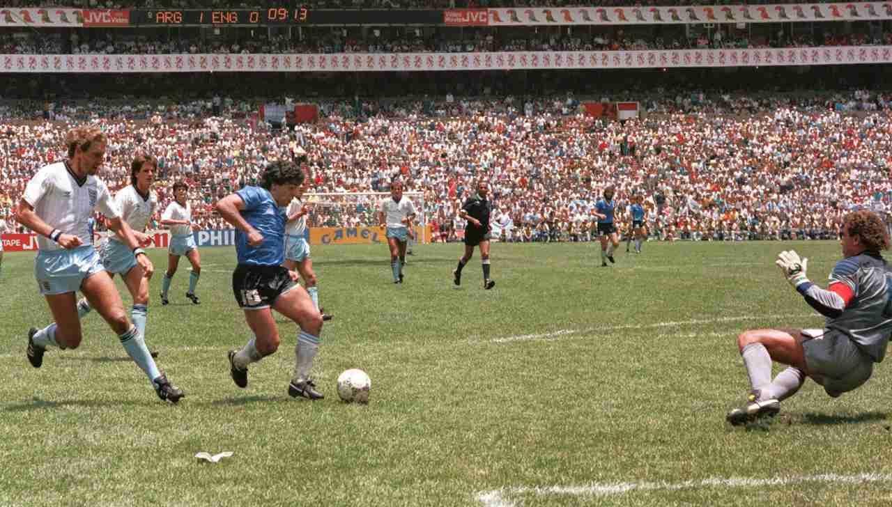 maradona gol del secolo messico 1986