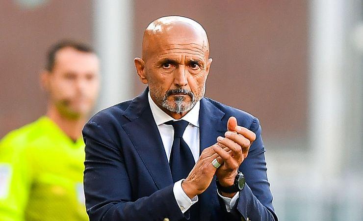 Luciano Spalletti applaude i ragazzi