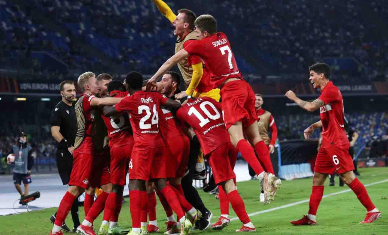 Lo Spartak Mosca festeggia la vittoria contro il Napoli
