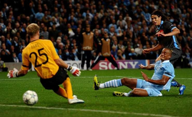 Gol di Cavani in Manchester City-Napoli