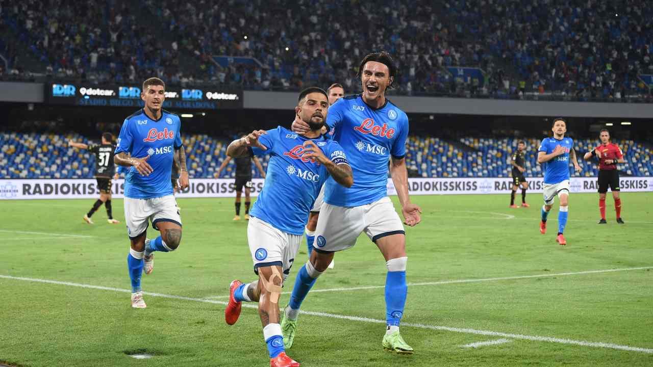 I calciatori del Napoli esultano