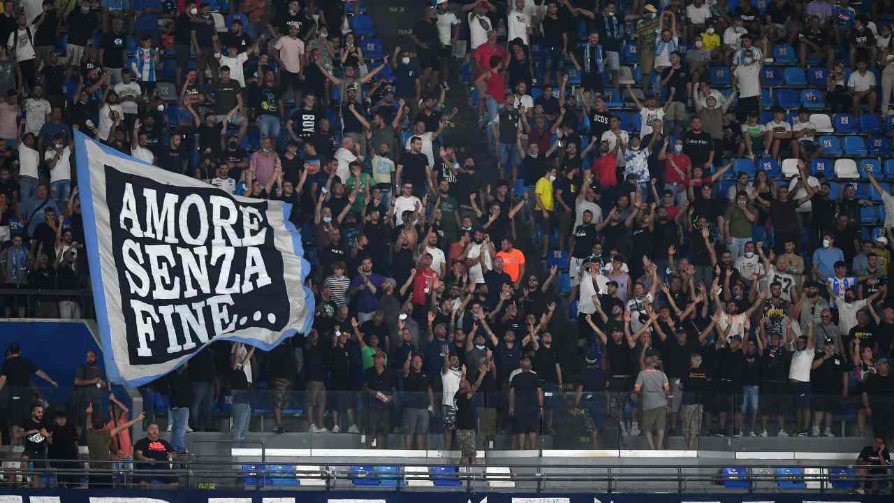 I tifosi del Napoli allo stadio Maradona