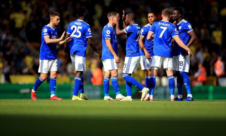 I giocatori del Leicester esultano