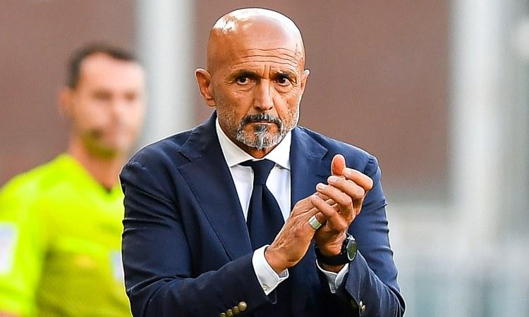 Luciano Spalletti applaude