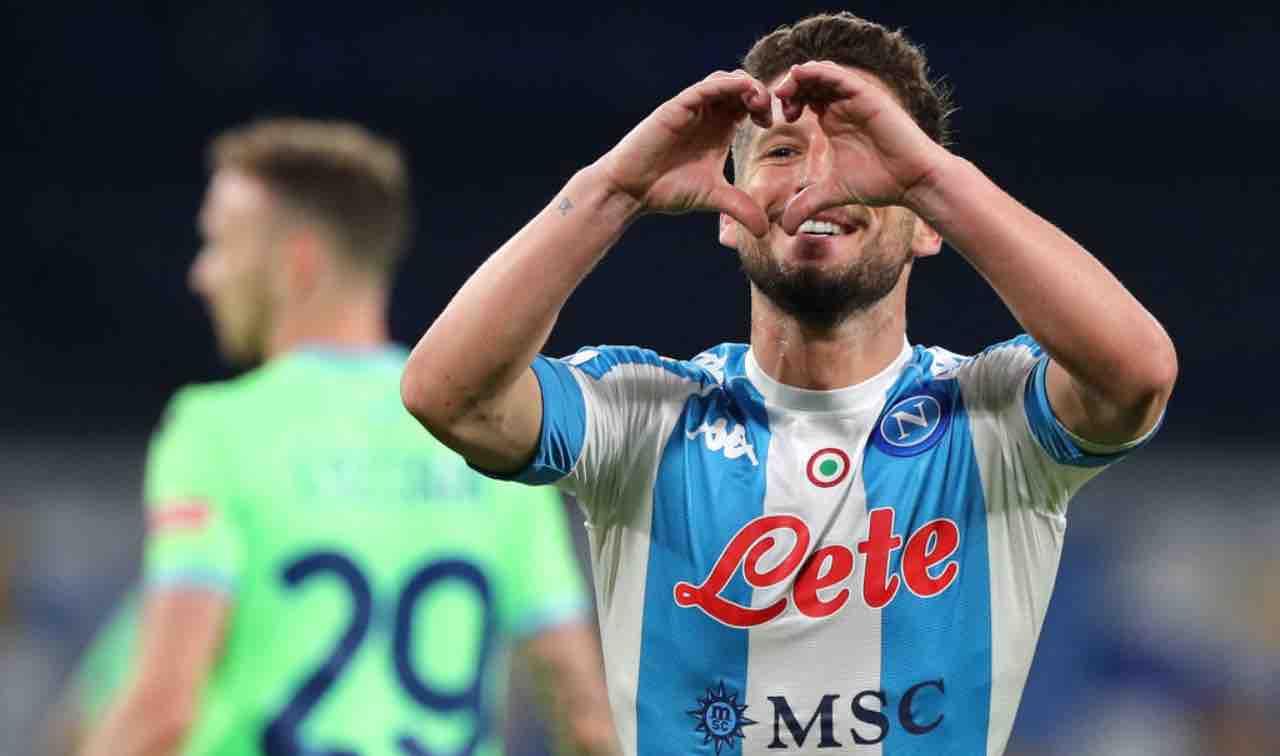 Mertens esulta durante Napoli-Lazio