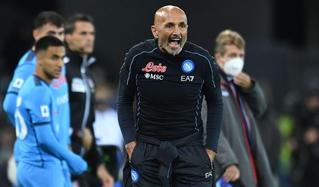 Napoli, Spalletti incita la squadra dalla panchina